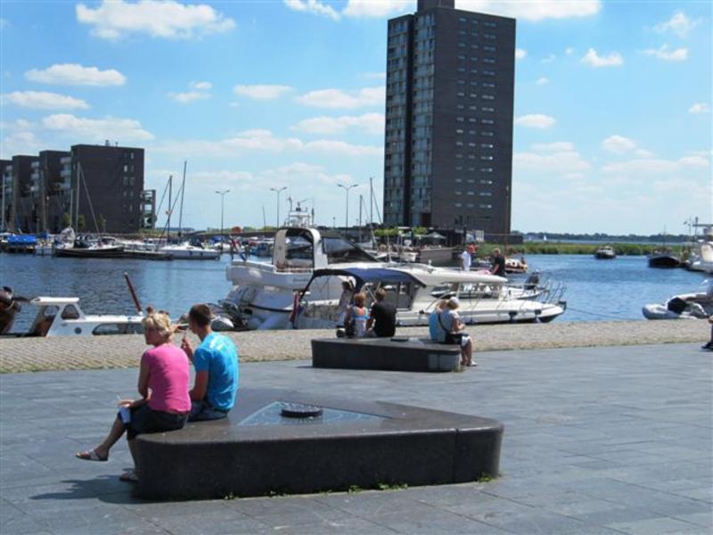 ACM2011_Folder Almere Haven bootjes in Havenkom
