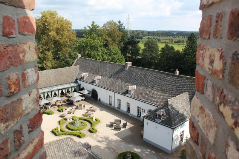 kasteel daelenbroeck roerdalen (14).jpg