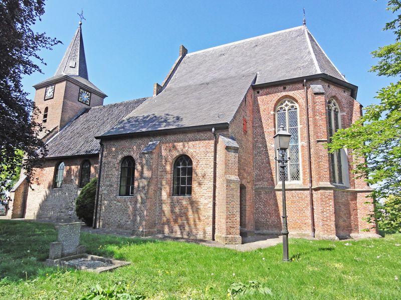 M13 Hervormde Kerk Valburg