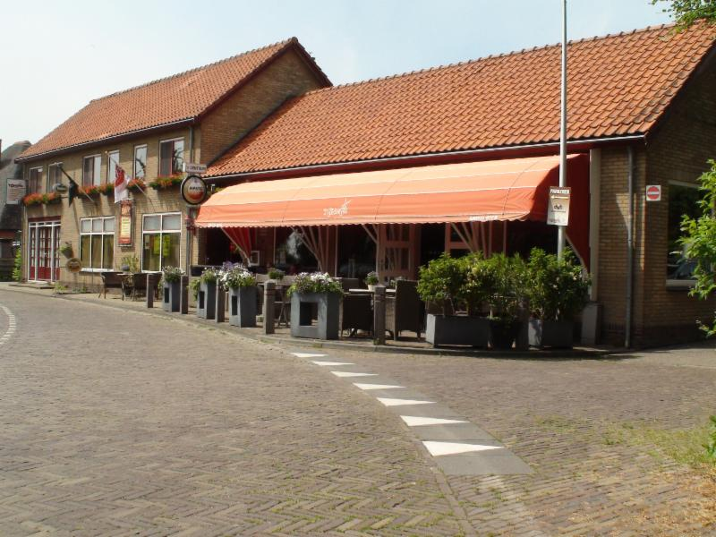 Cafe t Centrum de Weere