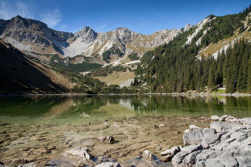 Alpenwelt Karwendel - Soiernsee im Sommer_2076