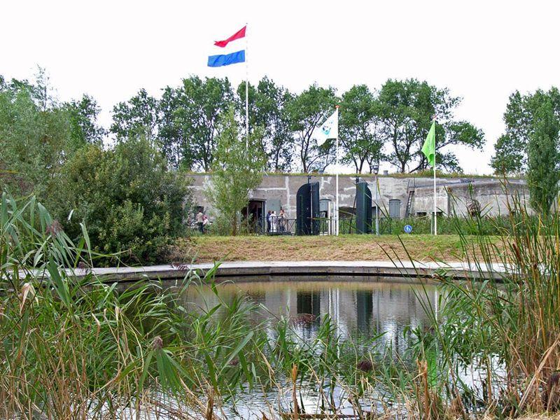 Fort Bezuiden Spaarndam
