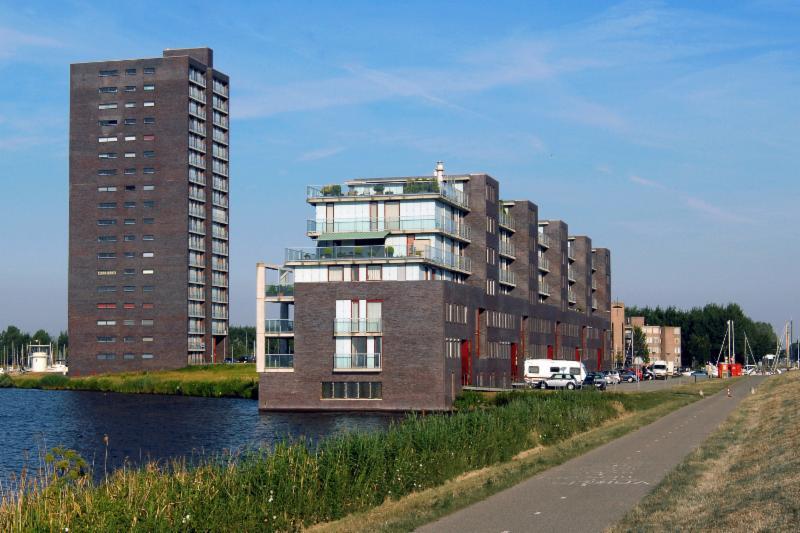 ACM2005_Golvendland Almere Haven_Geert van der Wijk_rechtenvrij