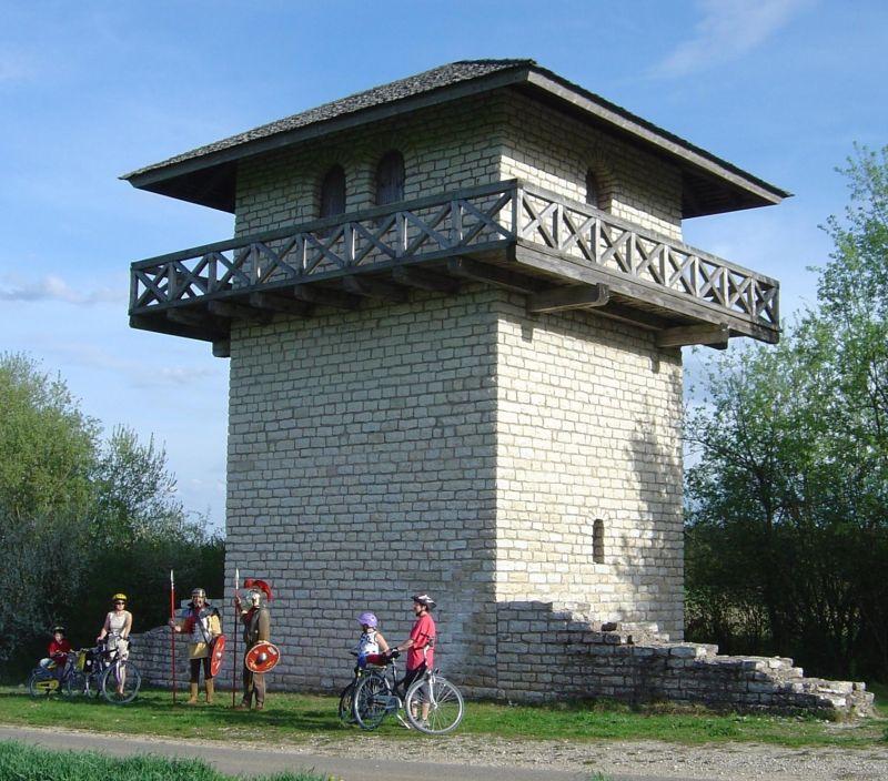 Naturpark Altmühltal - Limes-Fietspad - Römerturm Erkertshofen