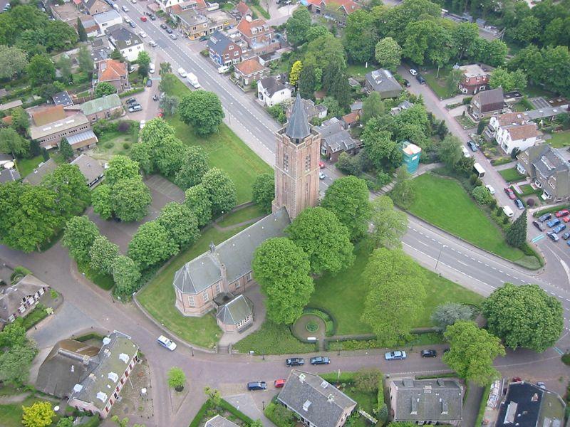 Luchtfoto Oude Kerk in Soest