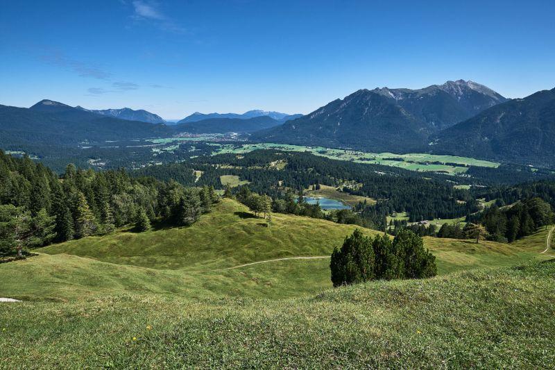 Alpenwelt Karwendel - Kranzberg_panorama_im_herbst (2)