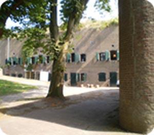http://fietsknooppunt.routeplanner.nl/html/PictureBase/16-Fort-de-Gagel.png