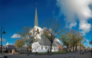 De witte kerk in Noordwijkerhout