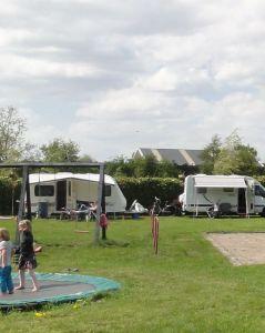 Camping/Recreatieboerderij & Terras/Boerderijwinkel Johan en Caroline