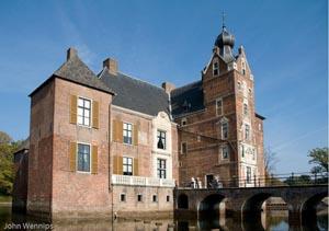 http://fietsknooppunt.routeplanner.nl/html/PictureBase/gld_cannenburgh_20081011_jwe-0964-Edit.jpg