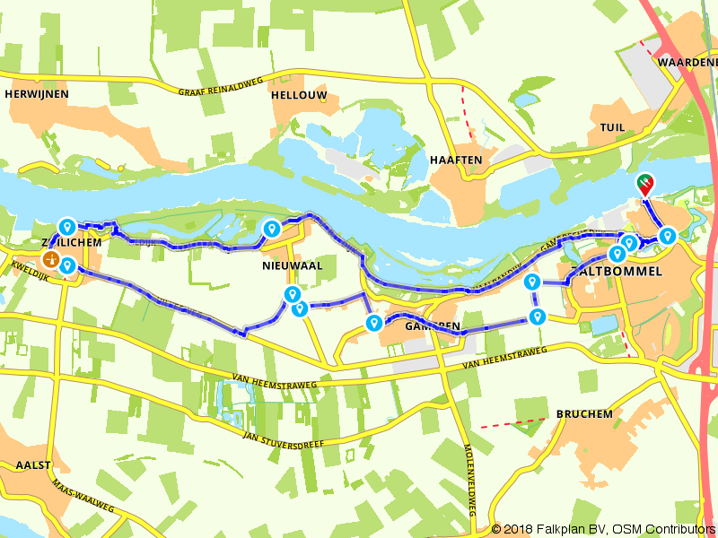 Langs en op de Waaldijk bij Zaltbommel