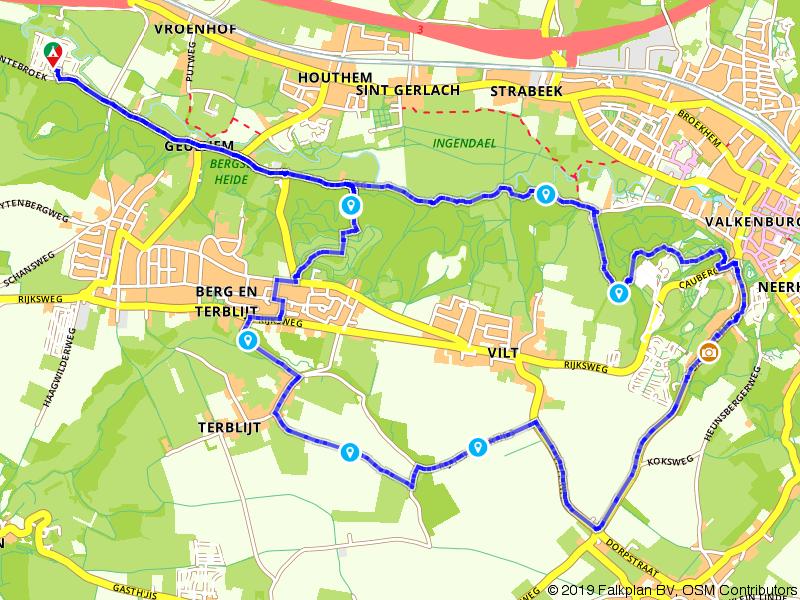 Wandelen door de heuvels bij Valkenburg